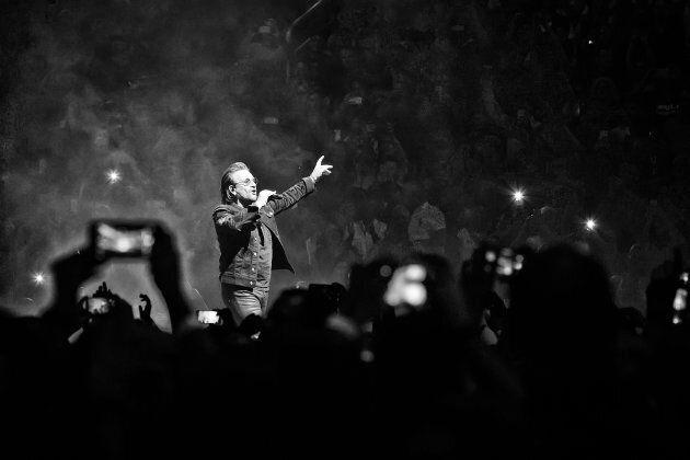 Bono subit une extinction de voix en plein