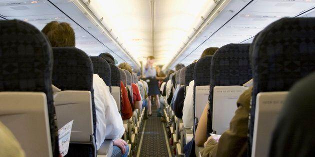 J'ai été agressée sexuellement pendant mon sommeil à bord d'un avion, et voici comment j'ai