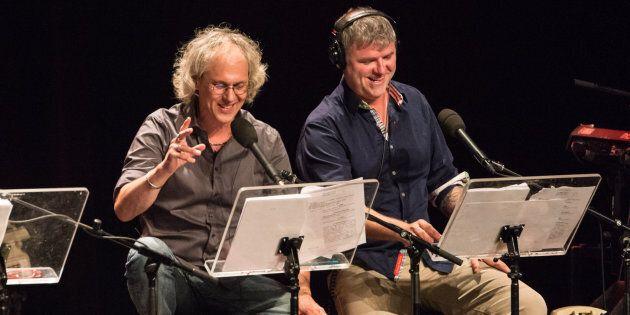 Philippe Laguë et Dominic Paquet lors d'un enregistrement d'«À la semaine