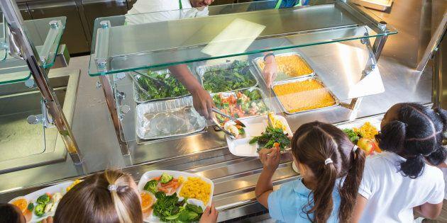 La saine alimentation et l'activité physique sont essentiellesà la réussite éducative des