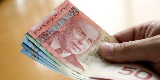 Sondage Léger: l'argent comptant est-il encore beaucoup utilisé au
