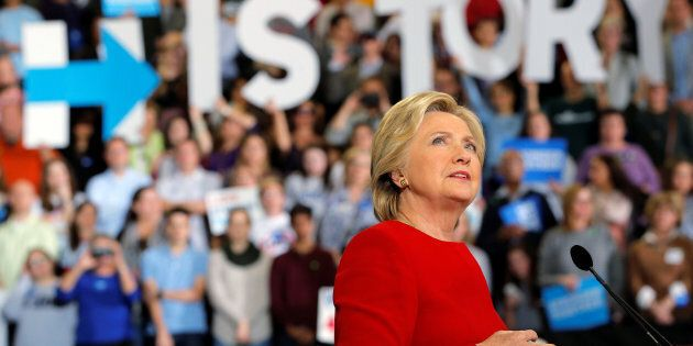 Le Texas vote la suppression de Hillary Clinton de ses livres