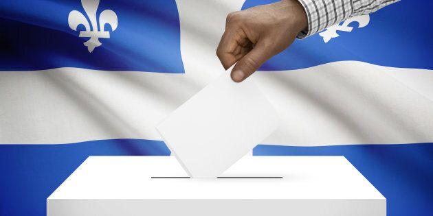 Élections: 940 candidats sur les bulletins de vote, dont 375