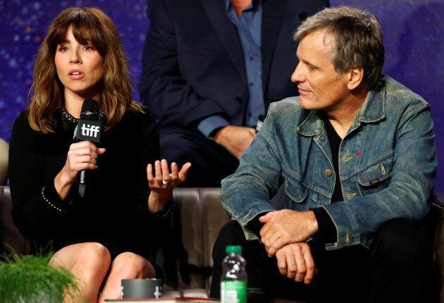 Les acteurs Viggo Mortensen et Linda Cardellini lors d'une conférence sur le film «Green Book», lors...