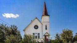 Cette ancienne église pourrait être la vôtre