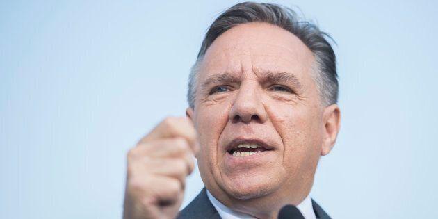 Le parti de François Legault a rejeté mercredi «toute association» avec la politicienne française Marine...