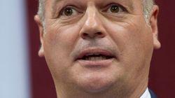 L'opposition libérale veut la tête d'un chef de cabinet