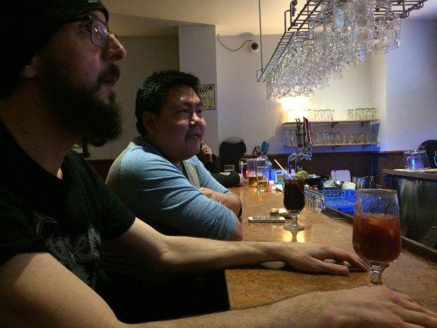 Yannick et Tommy au Kuujjuaq Inn
