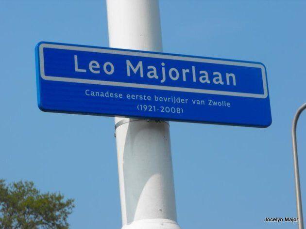 Avenue de la ville de Zwolle nommée en l'honneur de Léo Major.
