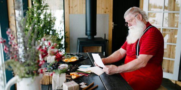 Le père Noël attend les lettres des enfants jusqu'au 10