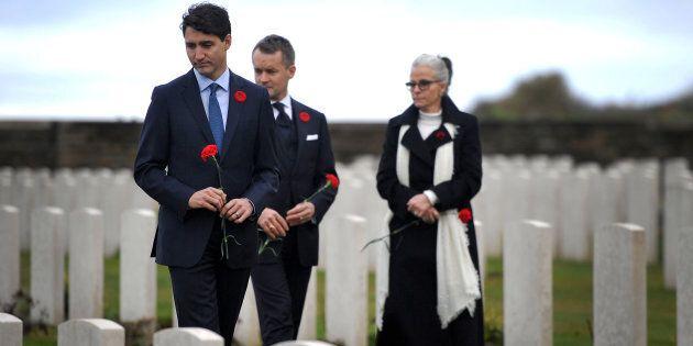 Justin Trudeau rend hommage aux soldats de la Première