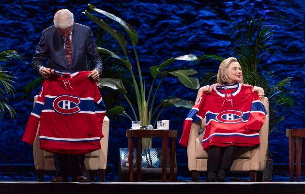 Bill et Hillary Clinton ramèneront un petit souvenir montréalais à la