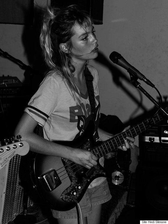 Staz Lindes: la nouvelle égérie de Saint Laurent est divinement rock