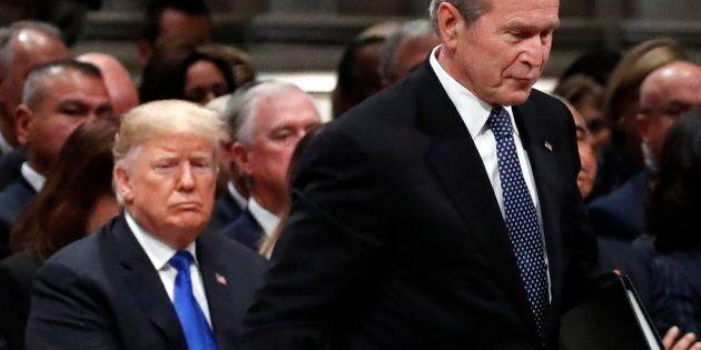 Les anciens présidents prennent leurs distances de Trump aux funérailles de