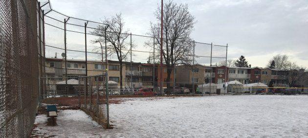 Le terrain de baseball du parc Peterborough, dans l'arrondissement montréalais d'Anjou, deviendra un...