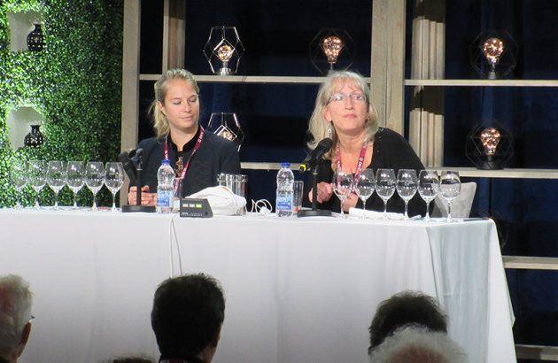 Alice Tétienne et Véronique Rivest