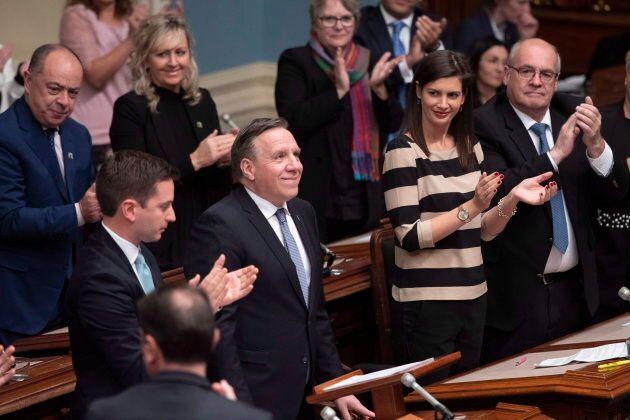 Le premier ministre François Legault livre son discours inaugural entouré de Simon Jolin-Barrette et...