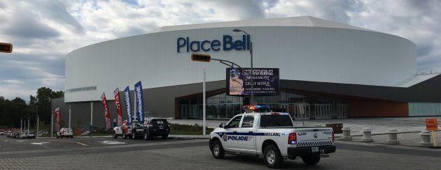 La Place Bell de Laval, inaugurée en 2017, est la pièce maîtresse du nouveau centre-ville de Laval.