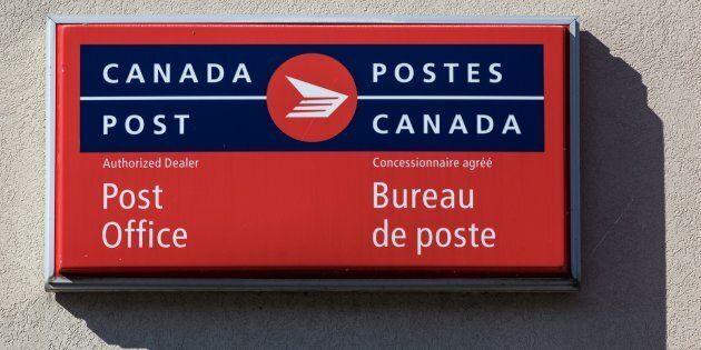 Postes Canada: Ottawa nomme un autre