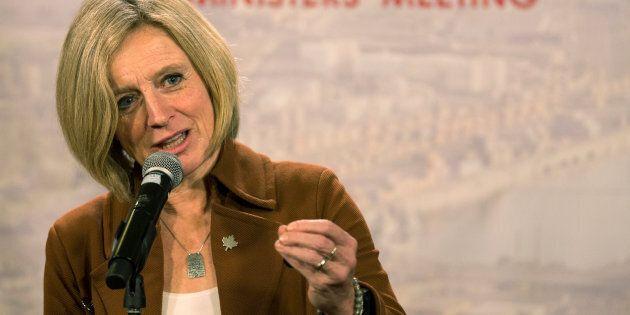 La première ministre de l'Alberta, Rachel Notley, s'est insurgée et a voulu fermer le clapet du premier...