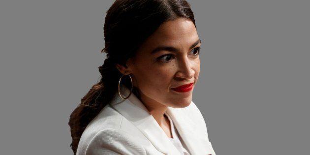 Alexandria Ocasio-Cortez propose une expansion sans précédent du gouvernement fédéral, afin, espère-t-elle,...