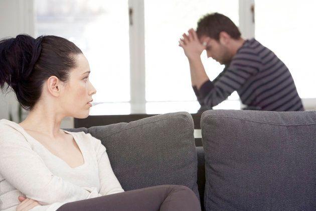 Un manque de soutien de l'entourage ou des comportements négatifs à l'égard de la victime aggravent les symptômes post-traumatiques.