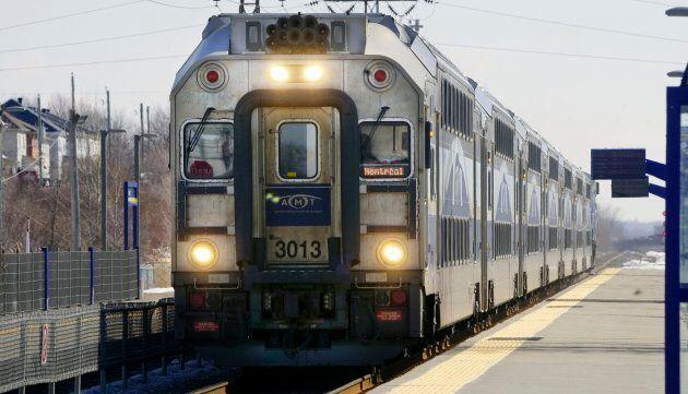 En 2017, exo a remplacé la défunte Agence métropolitaine de transport (AMT) comme gestionnaire du réseau de trains de banlieue.