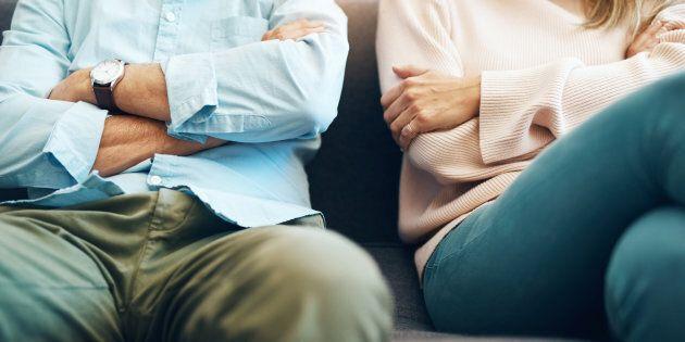Voici les difficultés qu'on voit souvent survenir après 10 ans de mariage. Si vous vous y reconnaissez,...