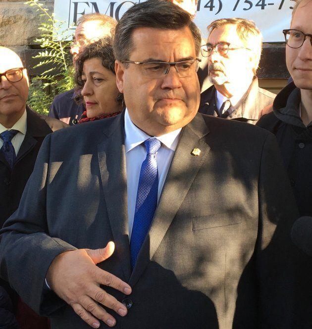 L'ex-maire de Montréal Denis Coderre, lors d'une annonce électorale dans le Plateau-Mont-Royal, en 2017.