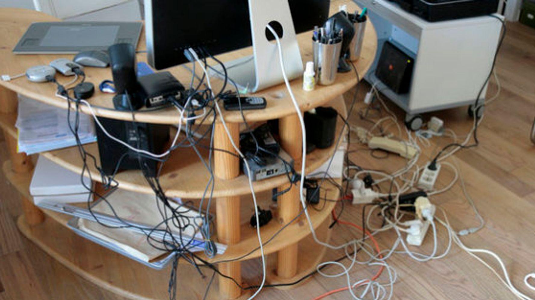 Comment Cacher Ses Cables 10 façons ingénieuses de dissimuler les fils électriques