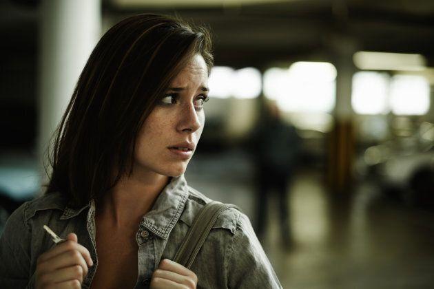La phobie sociale se caractérise par la peur des évaluations négatives et par l'évitement de situations...