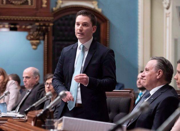 Simon Jolin-Barrette est non seulement chargé de négocier avec Ottawa pour la baisse des seuils d'immigration,...
