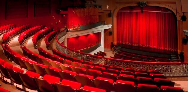 Le Monument National fait partie des importantes salles de diffusion du Quartier des spectacles qui risquent d'être affectées par le projet Royalmount.