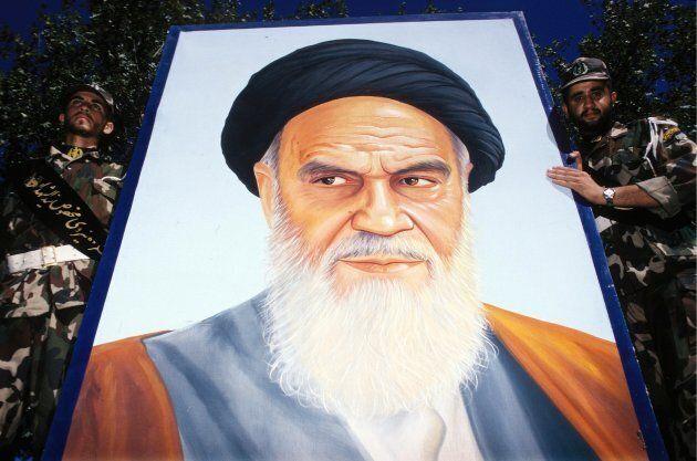 Représentation de l'ayatollah Khomeiny à Téhéran.