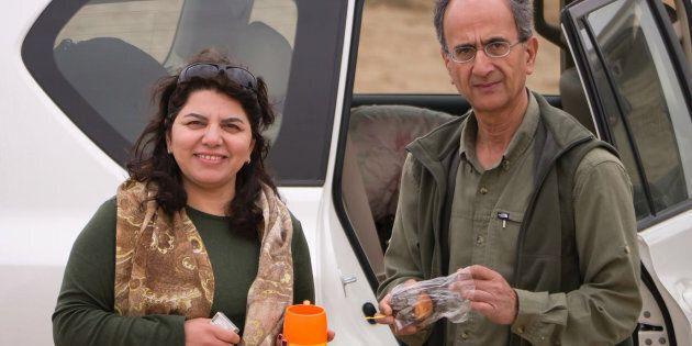 Cette photo non datée fournie par la famille du regretté professeur irano-canadien Kavous Seyed-Emami...
