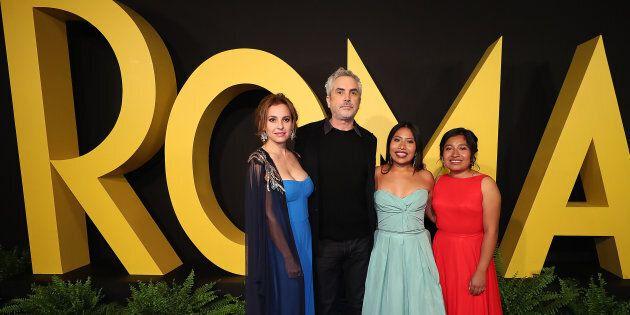 De gauche à droite: Marina de Tavira, Alfonso Cuaron, Yalitza Aparicio et Nancy Garcia, lors de la première du film «Roma», en décembre 2018, à Mexico.