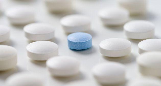 L'efficacité d'un placebo change selon les attentes du patient. Celles-ci découlent des différentes informations...