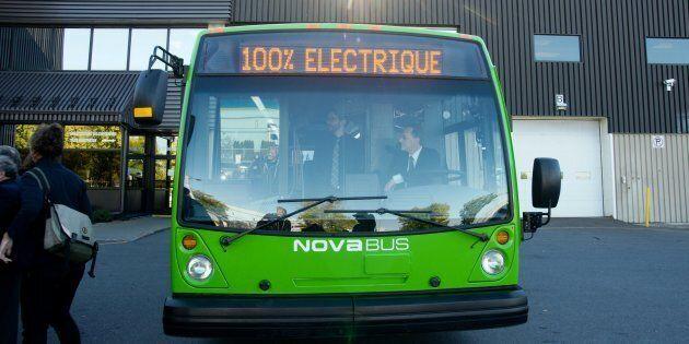 Novabus est l'un des trois fournisseurs d'autobus 100% électriques actuellement mis à l'essai par la...