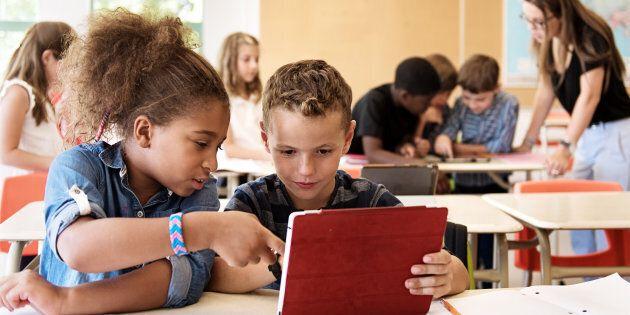 Québec entreprend les réformes en éducation sans consultation, déplorent les élus