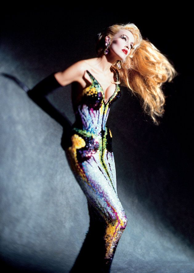 Dominique Issermann, Jerry Hall. Photo : © Dominique Issermann. Tenue : Thierry Mugler, collection Les Insectes, haute couture printemps-été 1997.