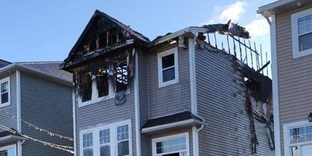 Les flammes semblent s'être propagées très rapidement dans la maison située à Spryfield près de