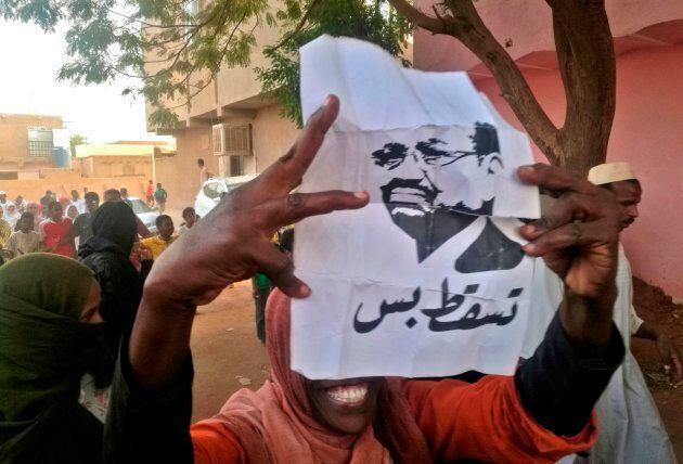 Les Soudanais sont dans la rue, mais qui s'en