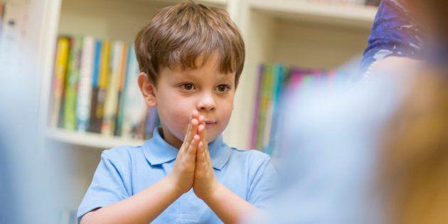 Pour enseigner à respecter sa dignité, l'éducation obligatoire devra offrir aux élèves un programme d'humanisation...