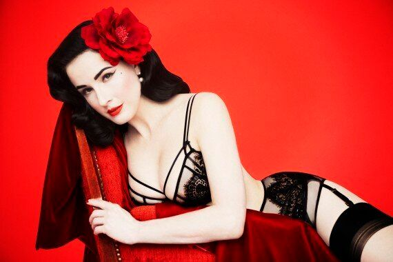 Accepter son corps, c'est difficile, même pour la reine du burlesque Dita Von Teese