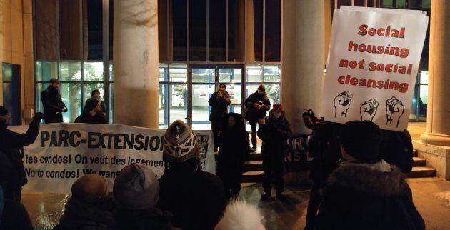 L'action que nous avons organisé devant la mairie d'arrondissement de