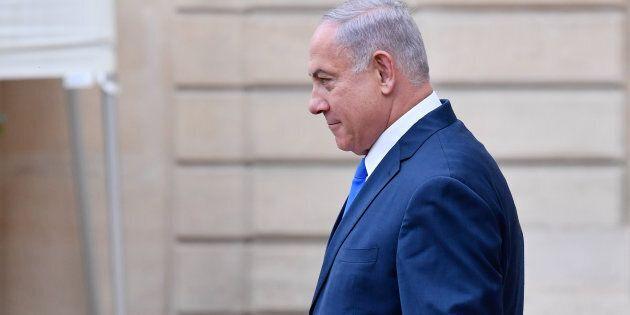 À un mois des élections générales en Israël, le procureur général a déposé des accusations de fraude,...