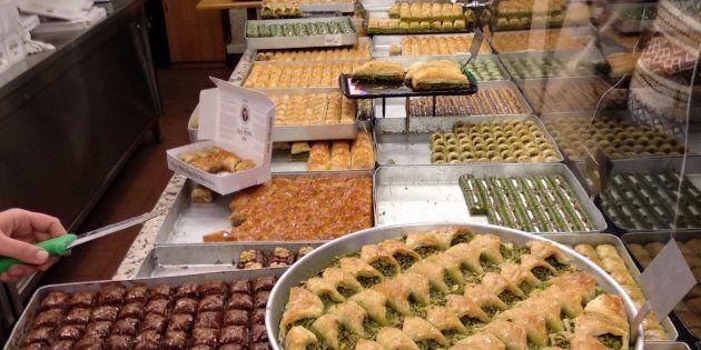 C'est bien la Turquie sur cette photo: des desserts à