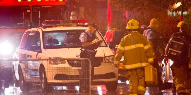 Des policiers et pompiers lors de l'attentat au Métropolis pendant la soirée électorale de