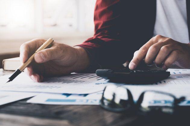 Envie de faire vos impôts? Pourquoi pas, surtout si votre situation est simple. Il existe par ailleurs d'excellents logiciels pour vous accompagner dans cette tâche.