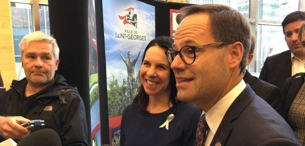Alexandre Cusson, maire de Drummondville et président de l'UMQ, avec Valérie Plante, mairesse de Montréal.